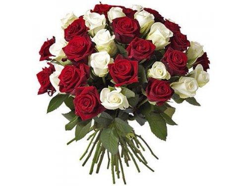Букет из двух видов роз №261