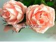 Гофрированные цветы - розы из конфет