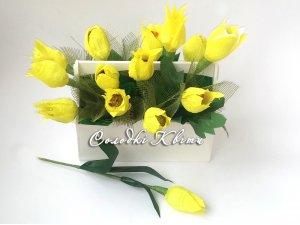 Тюльпаны из конфет в оригинальной коробочке
