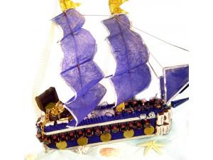 Корабль из конфет для мужчины
