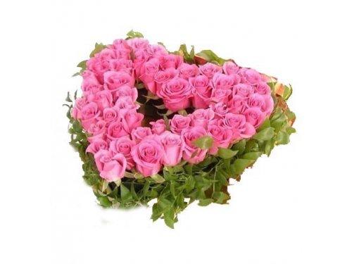 Сердце с розовыми розочками